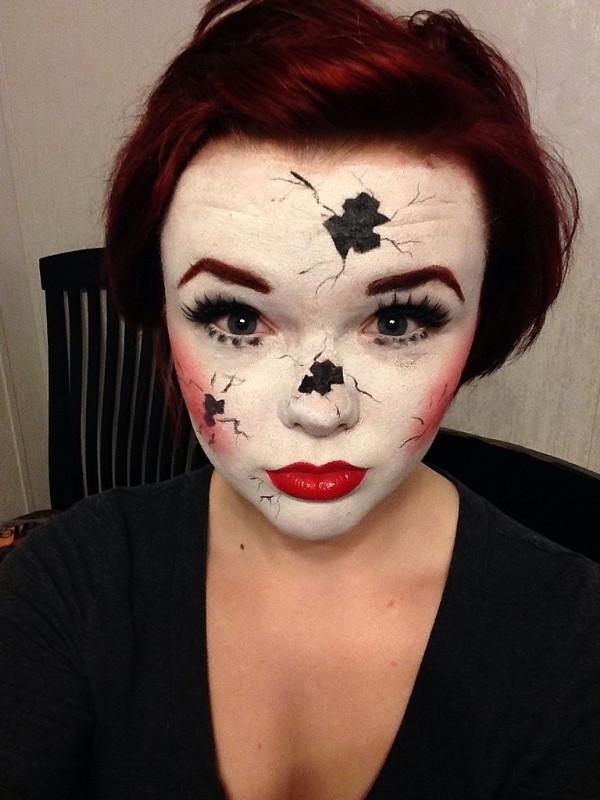Trang diem ran nut halloween