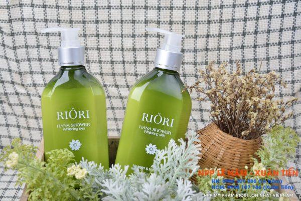 Sua tam trang Riori Hana shower 2