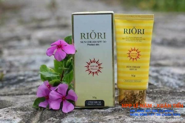 Kem chong nang Riori Review 5