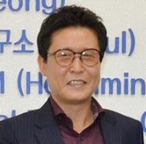 Ong Joung Kun Choi giam doc hanacos han quoc